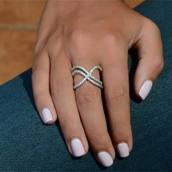 Fashion Line Winding Multi-row Inlaid Zircon Ring